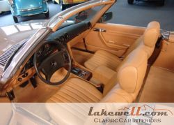 INterior_carpet_set_Mercedes_R107_-_001.jpg